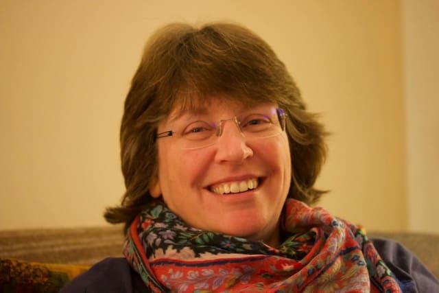 Lynne Carnie